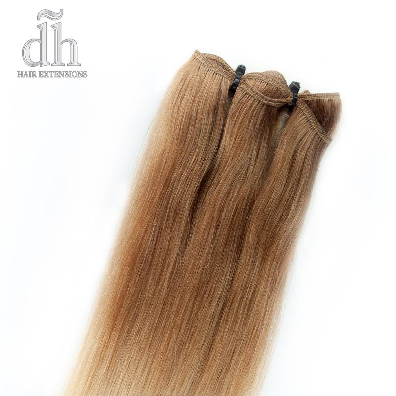 Detalle de la banda cosida de las extensiones de cortina californianas, cabello 100% natural Remy
