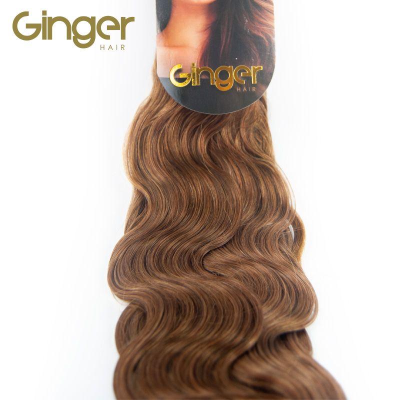 Detalle de la textura ondulada de las extensiones cosidas de Ginger