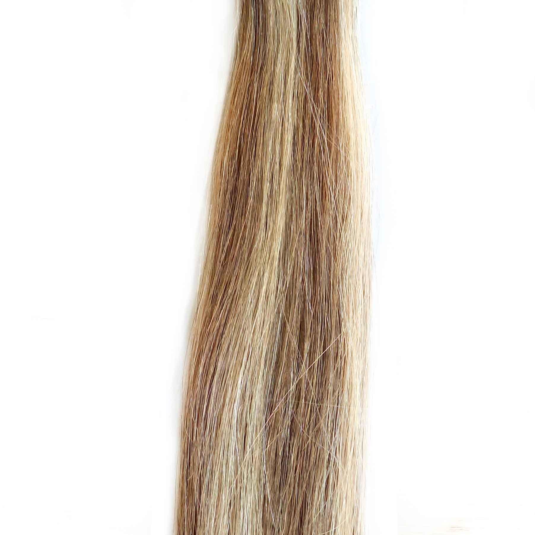 Color de DH Hair Extensions mechado en color 18 Rubio medio ceniza y 107 Rubio clarísimo ceniza leve